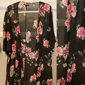 Forever 21 Other - Forever 21 Floral Kimono!